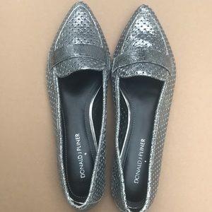 Silver pointy toe flats